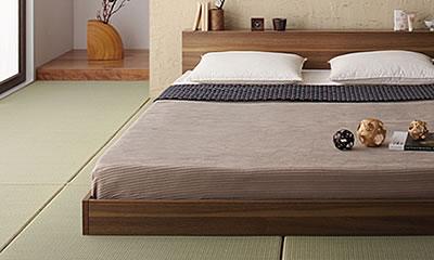 和モダンな寝室に合う直線的なライン