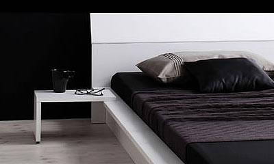 モダンインテリアにあう直線的なベッド