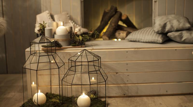 羽目板デザインのベッド