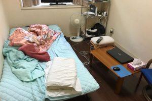 ニトリの折りたたみベッドを置いた部屋