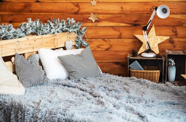 北欧風クリスマスベッドルーム